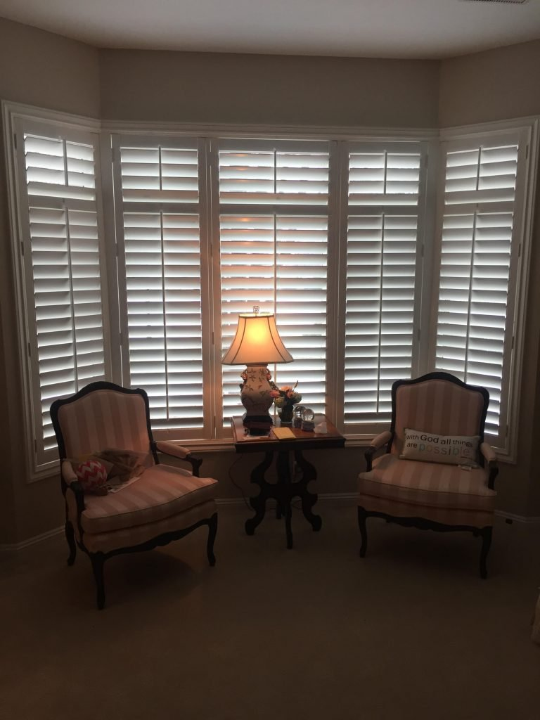 Graber-3-5in-Louvered-Wood-Shutters-Edina-1218